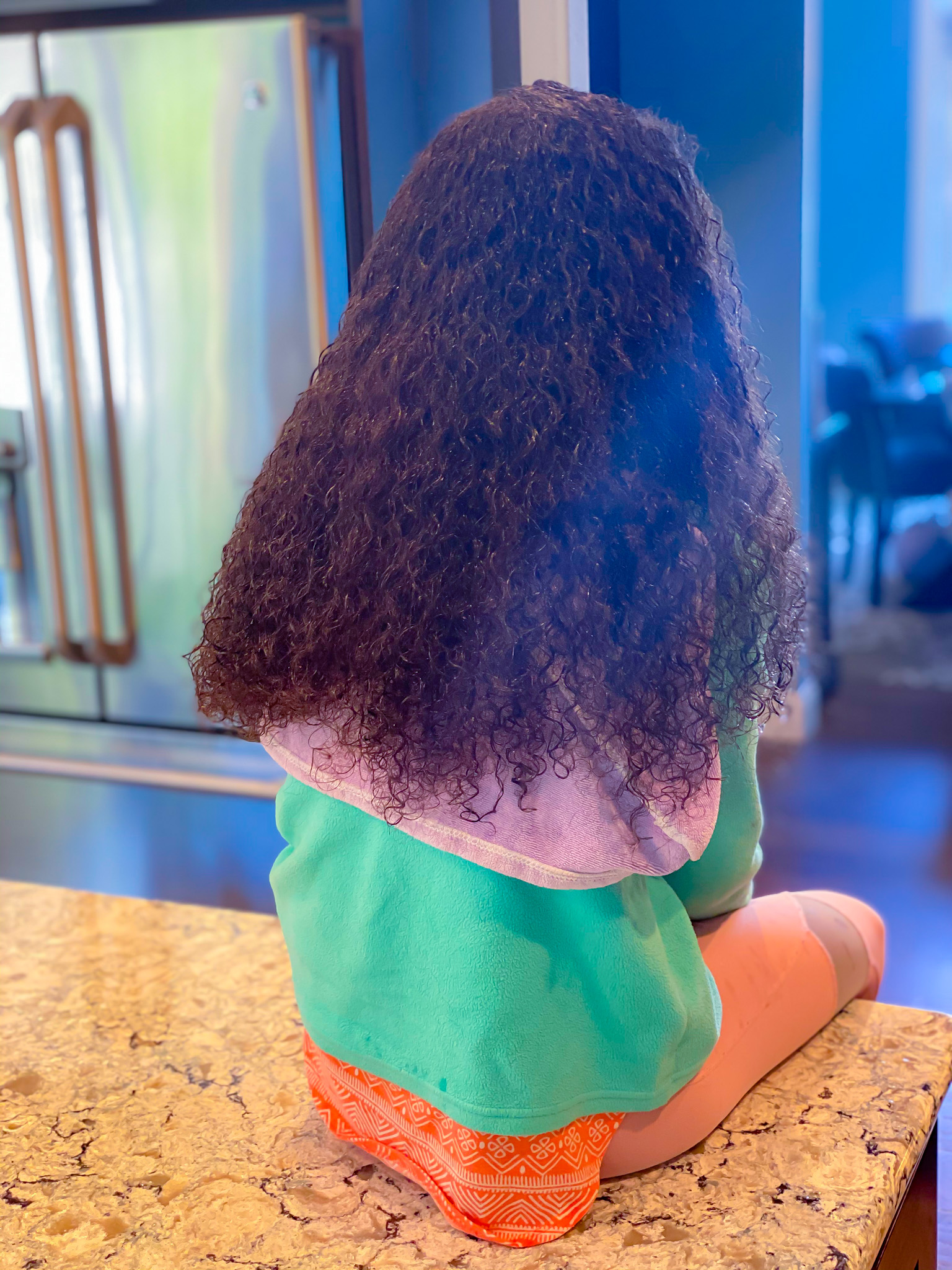 How to wash and condition curly hair kid's hair